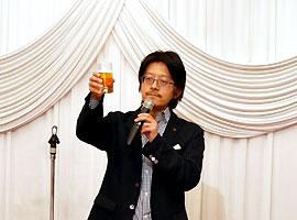 小松 易 氏